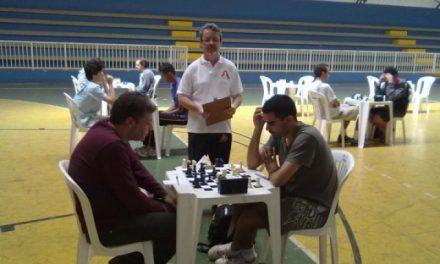 Afinal, o que faz um árbitro de torneio de xadrez?