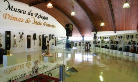 Museu do Relógio conta as horas para lançamento de livro