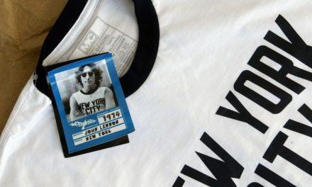 Camisetas de fotos históricas do rock estão à venda na Oca