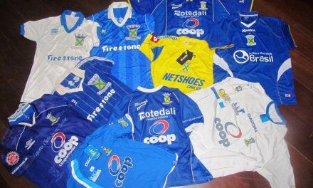 Exposição mostra camisas antigas do time do Santo André