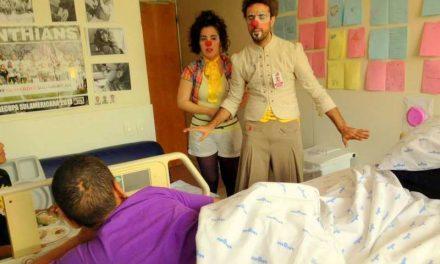 Narizes de Plantão: projeto universitário faz visitas a crianças hospitalizadas