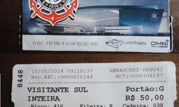 Presidente de torcida do Figueirense faz papel de bilheteiro e revende ingressos na inauguração da Arena Corinthians