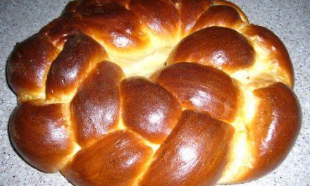 Mil mulheres se reúnem para preparar o pão da festa de Ano Novo judaico