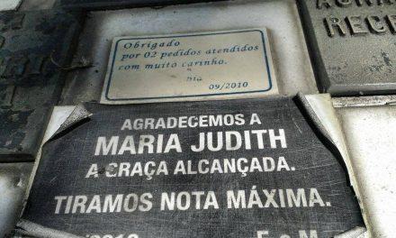 Por que tantos vestibulandos visitam o túmulo de Maria Judith de Barros