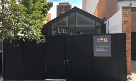 Por que o recém-inaugurado restaurante de André Mifano está com um tapume na frente