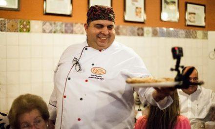 Chef inicia dieta para perder 50 quilos em um ano comendo pizza todos os dias